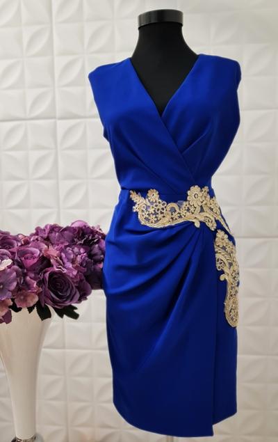 Rochie albastra cu dantela aurie